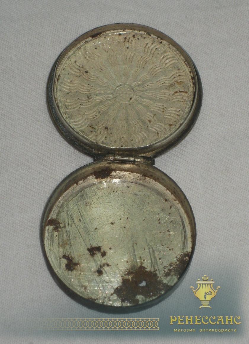Пудреница старинная, маленькая, эмаль №2757