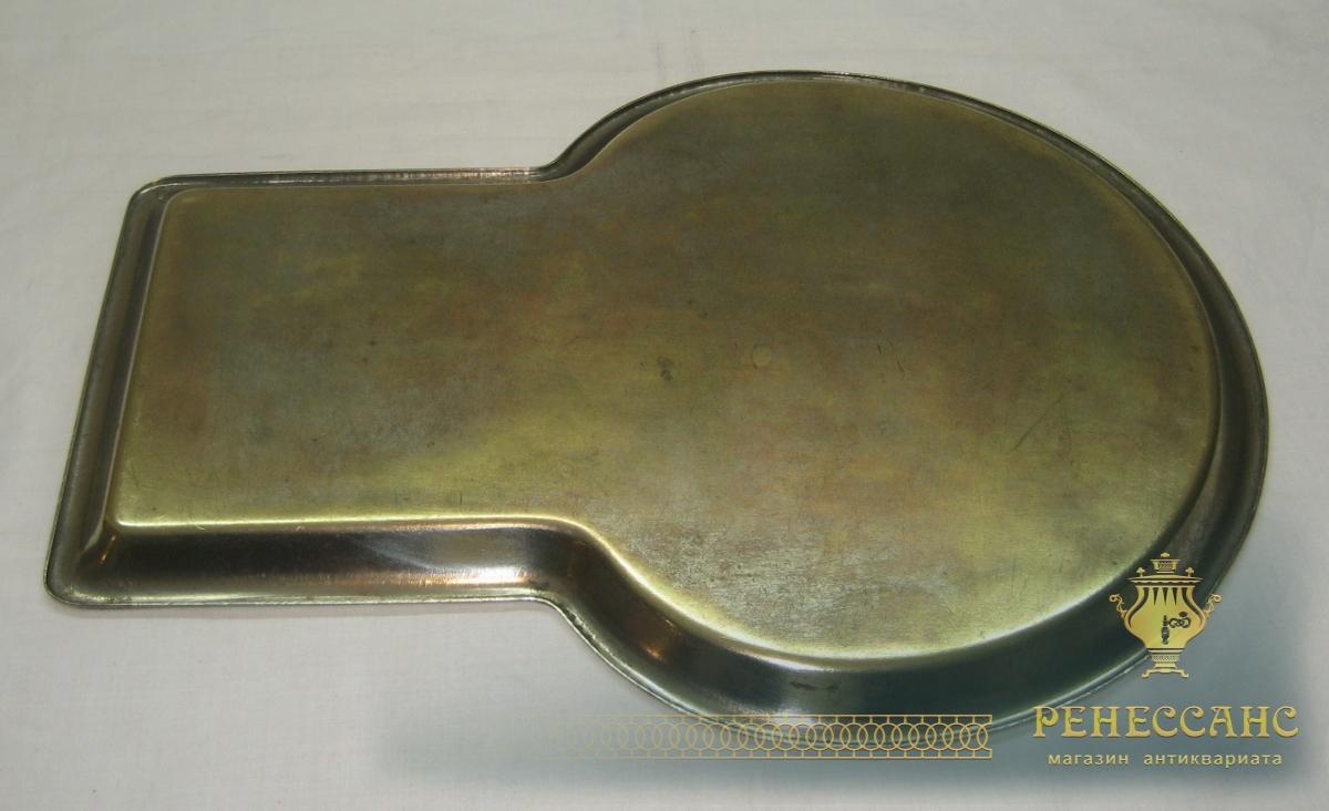 Поднос старинный «замочная скважина», латунный, «Т.К.» 1920-е годы №2824