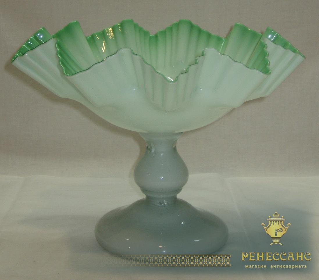 Ваза старинная, конфетница, фруктовница, стекло, «Мальцов» 19 век №2853