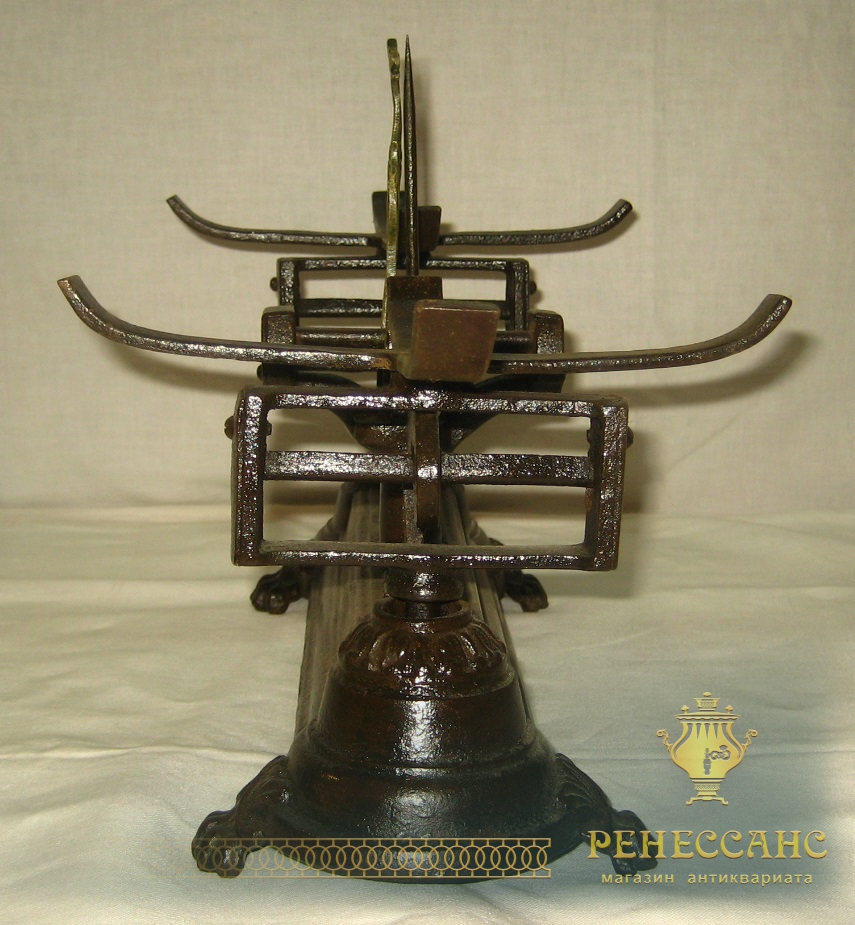 Весы чугунные с чашами, завод «Красный Выборжец» 1927 год №554