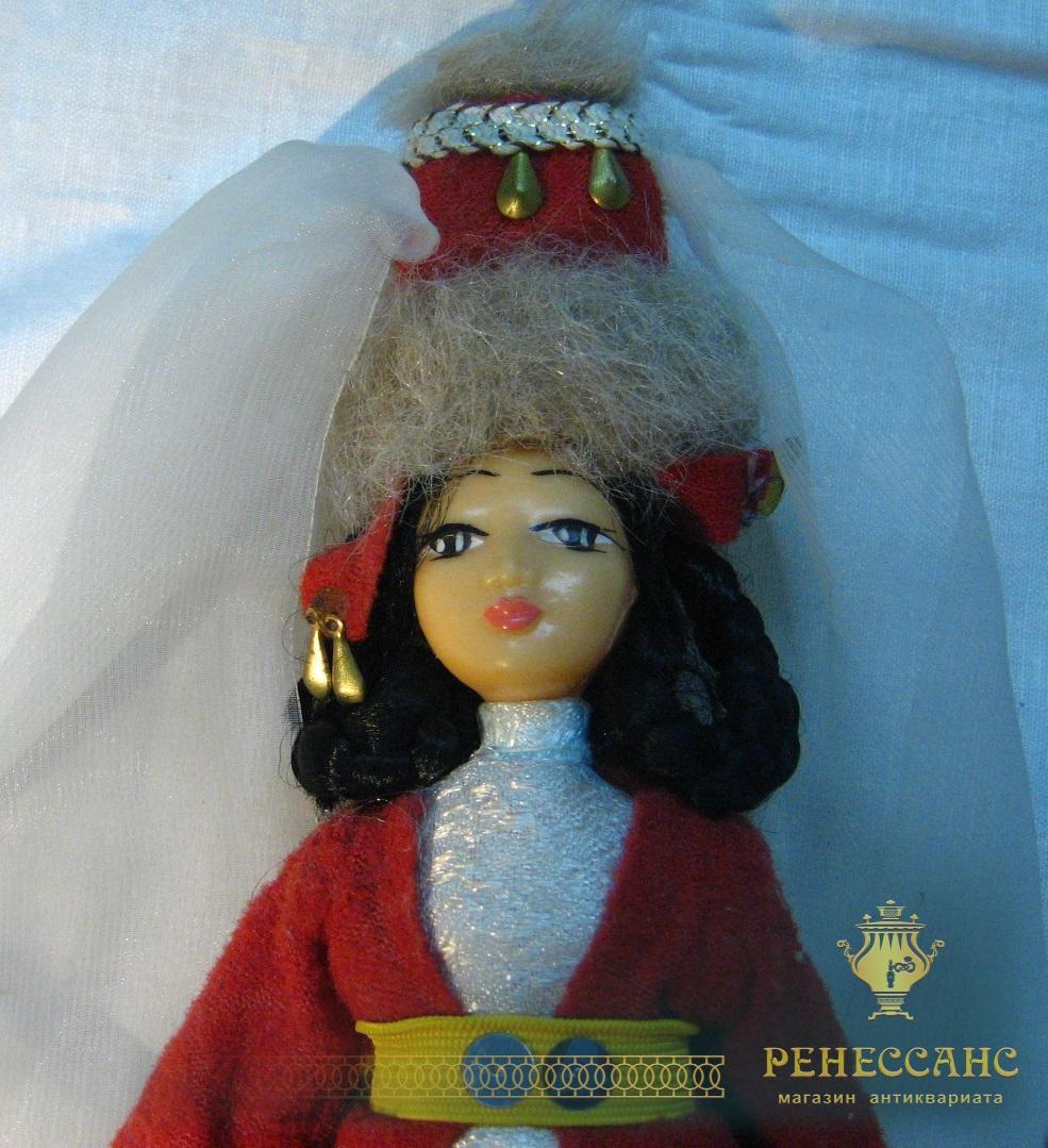 Кукла из пластика, СССР №845