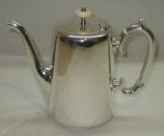 Кофейник старинный, объем 0,7 л, серебрение, «А. Кач» 19 век №2896