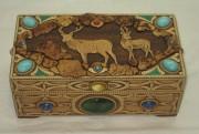 Шкатулка из бересты «Два оленя», с натуральными камнями №2959
