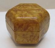 Шкатулка, коробочка из карельской березы №6085