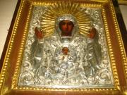 Икона в киоте «Богоматерь Знамение», Россия 19 век №196